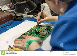 Electronic Equipment, Instruments & Components